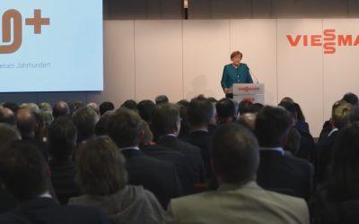 Angela Merkel inaugura un nuevo centro de innovación Viessmann
